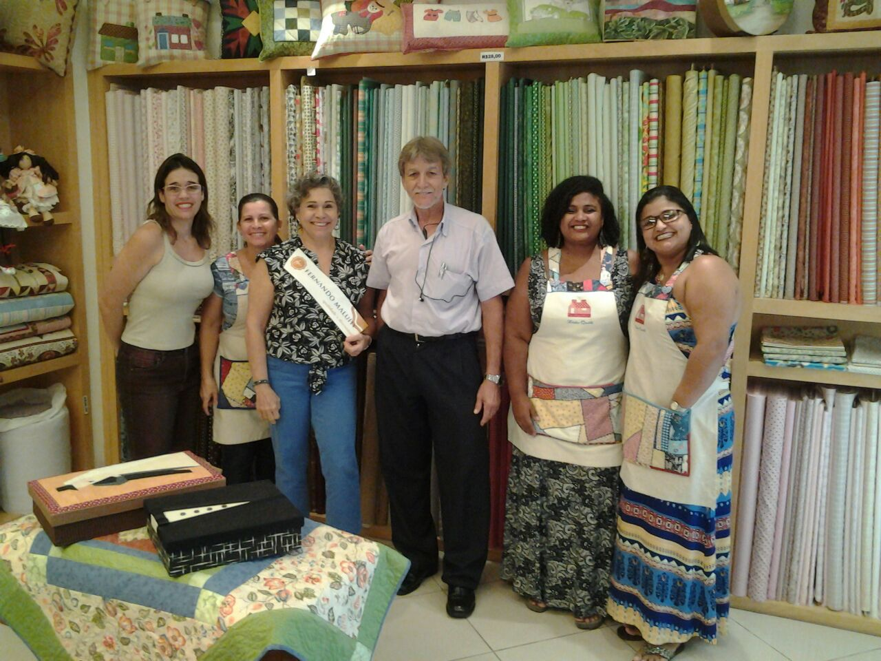 Mais um adesivo Maluhy - Loja Lido Quilt, São Francisco, Niterói. Edson, Dona Lucia e sua Equipe.