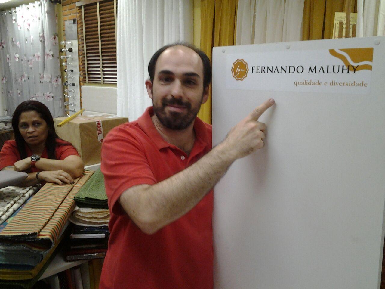 Leonardo - Mega em Megas apresentando Adesivo Maluhy